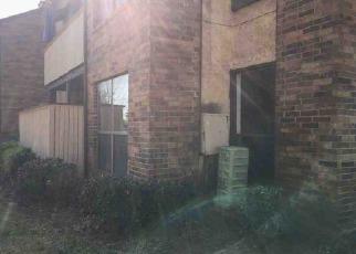 Casa en Remate en Arlington 76011 CLOISTERS DR - Identificador: 4118255190
