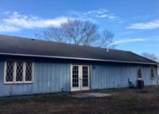 Casa en Remate en Midway Park 28544 BRIDLE TRL - Identificador: 4118910408