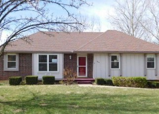 Casa en Remate en Kansas City 64152 NW WALNUT CREEK CIR - Identificador: 4121808480