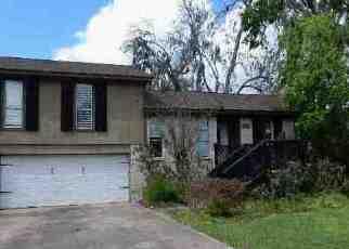 Casa en Remate en Clute 77531 BRIARCREEK ST - Identificador: 4122021781