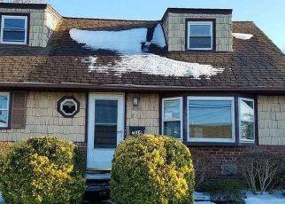 Casa en Remate en East Meadow 11554 FALCON ST - Identificador: 4122948982