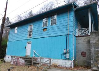 Casa en Remate en Logan 25601 CHARLES ST - Identificador: 4123666813