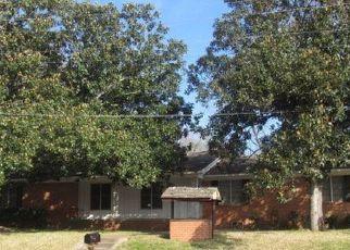 Casa en Remate en Overton 75684 N MOTLEY DR - Identificador: 4123779358