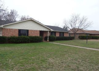 Casa en Remate en Mineral Wells 76067 REDBUD DR - Identificador: 4123787687