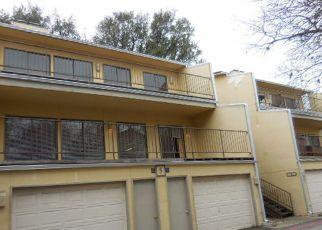 Casa en Remate en San Antonio 78240 FREDERICKSBURG RD - Identificador: 4123790757