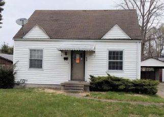 Casa en Remate en Clarksville 47129 N CLARK BLVD - Identificador: 4124277337