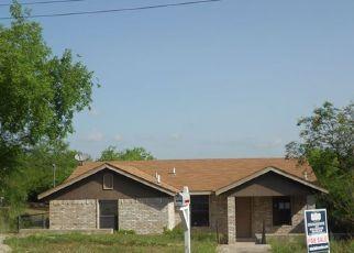 Casa en Remate en Eagle Pass 78852 HILLCREST BLVD - Identificador: 4125228175