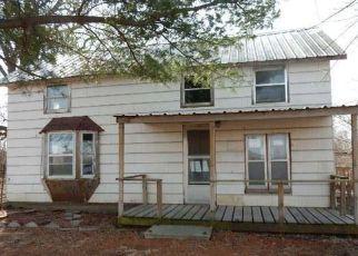 Casa en Remate en Center Point 52213 GREENS GROVE RD - Identificador: 4125409505