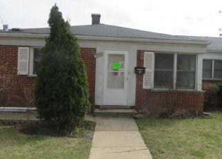 Casa en Remate en Des Plaines 60018 HOWARD AVE - Identificador: 4127754865