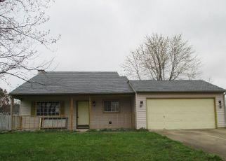Casa en Remate en Columbus 47201 BUCKINGHAM DR - Identificador: 4129056511