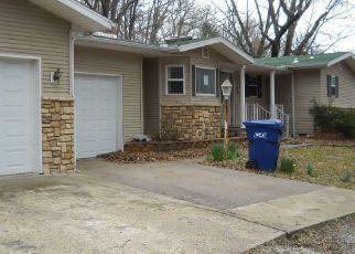 Casa en Remate en Seneca 64865 CHEROKEE AVE - Identificador: 4130220204