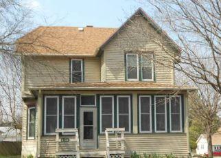Casa en Remate en Parkersburg 50665 3RD ST - Identificador: 4132365853