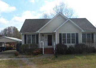 Casa en Remate en Graham 27253 HILLCREST AVE - Identificador: 4133531285