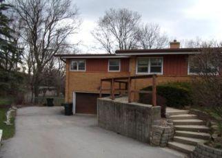 Casa en Remate en Milwaukee 53227 S SEYMOUR PL - Identificador: 4134414692