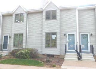 Casa en Remate en East Granby 06026 SEYMOUR RD - Identificador: 4137531304