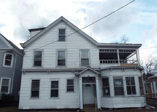 Casa en Remate en Kingston 12401 CLINTON AVE - Identificador: 4137898326