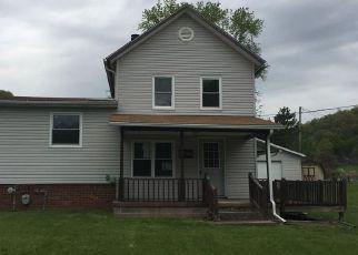 Casa en Remate en New Philadelphia 44663 BARNHILL RD - Identificador: 4138623169