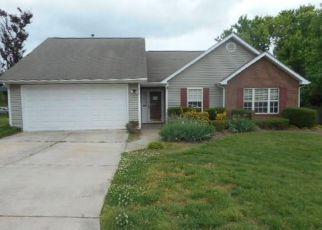 Casa en Remate en Greensboro 27455 ORCHARD RIDGE LN - Identificador: 4142562313