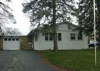 Casa en Remate en Carpentersville 60110 SALEM LN - Identificador: 4142883349