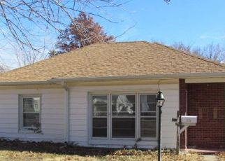 Casa en Remate en Topeka 66606 SW PARKVIEW ST - Identificador: 4148051891