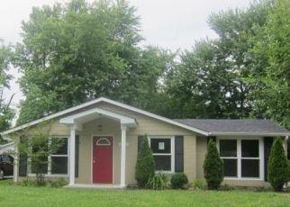 Casa en Remate en Louisville 40218 ROSARY CT - Identificador: 4148086930