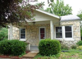 Casa en Remate en Jefferson City 65101 SAINT LOUIS RD - Identificador: 4148191598