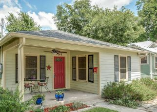 Casa en Remate en New Braunfels 78130 AVENUE A - Identificador: 4150256645