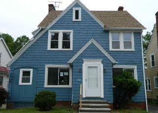 Casa en Remate en Cleveland 44112 HELMSDALE RD - Identificador: 4150327150