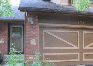 Casa en Remate en Blue Springs 64015 NW 10TH ST - Identificador: 4150434459