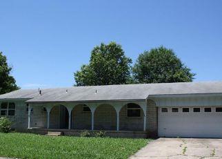 Casa en Remate en Pryor 74361 SURREY DR - Identificador: 4151444873