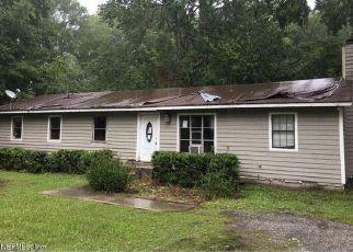 Casa en Remate en Callahan 32011 CYNTHIA AVE - Identificador: 4152259501