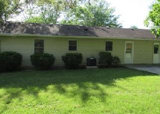 Casa en Remate en Mitchell 47446 HEL MAR DR - Identificador: 4152556896