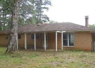 Casa en Remate en Elmore 36025 MEADOW LANE DR - Identificador: 4152814860