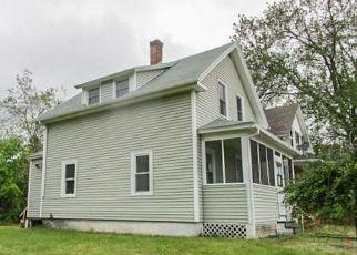 Casa en Remate en Oakland 02858 E RIVER ST - Identificador: 4153777963