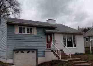 Casa en Remate en Ravenswood 26164 CROOKS AVE - Identificador: 4153857673