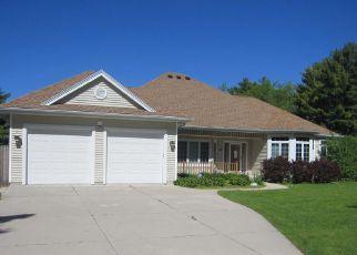 Casa en Remate en Adell 53001 PARK ST - Identificador: 4154454627