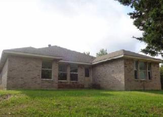 Casa en Remate en Dallas 75211 E RIM RD - Identificador: 4154546600