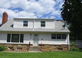 Casa en Remate en Euclid 44117 SAGAMORE DR - Identificador: 4154625432