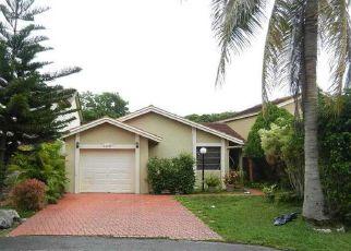 Casa en Remate en Miami 33196 SW 96TH TER - Identificador: 4154922830