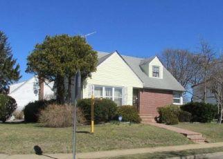 Casa en Remate en Uniondale 11553 PARK AVE - Identificador: 4155535547