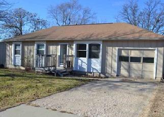 Casa en Remate en Topeka 66605 SE ADAMS ST - Identificador: 4157819582