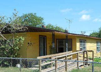 Casa en Remate en Raymondville 78580 TAMPICO AVE - Identificador: 4159144450