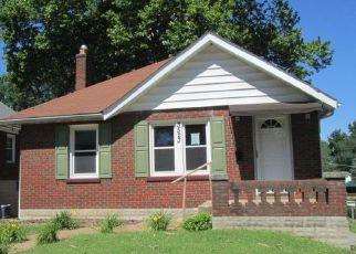 Casa en Remate en Saint Louis 63114 CHARLACK AVE - Identificador: 4159394983