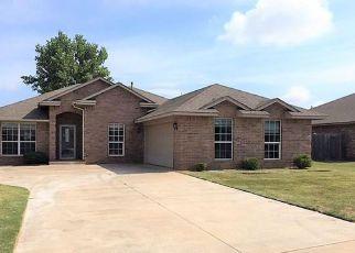 Casa en Remate en Mustang 73064 E POINTE COURT LN - Identificador: 4160685682