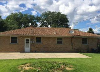 Casa en Remate en Melrose Park 60164 GOLFVIEW DR - Identificador: 4160907739