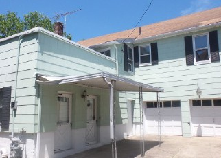 Casa en Remate en Far Rockaway 11691 BIRDSALL AVE - Identificador: 4161946611