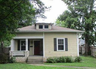Casa en Remate en Versailles 40383 DOUGLAS AVE - Identificador: 4163853544