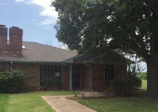 Casa en Remate en Carrollton 75006 TETON PL - Identificador: 4164076475