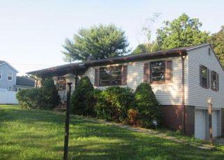 Casa en Remate en Shelton 06484 LONG HILL AVE - Identificador: 4190196363
