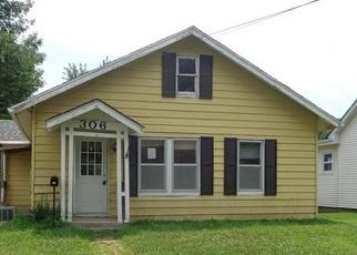 Casa en Remate en Clinton 64735 W OHIO ST - Identificador: 4190650999